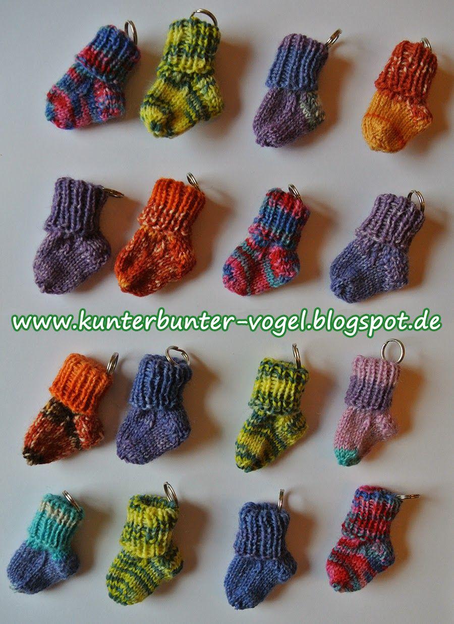 Kunterbunter Vogel Anleitung Schlüsselanhänger Socken Baby