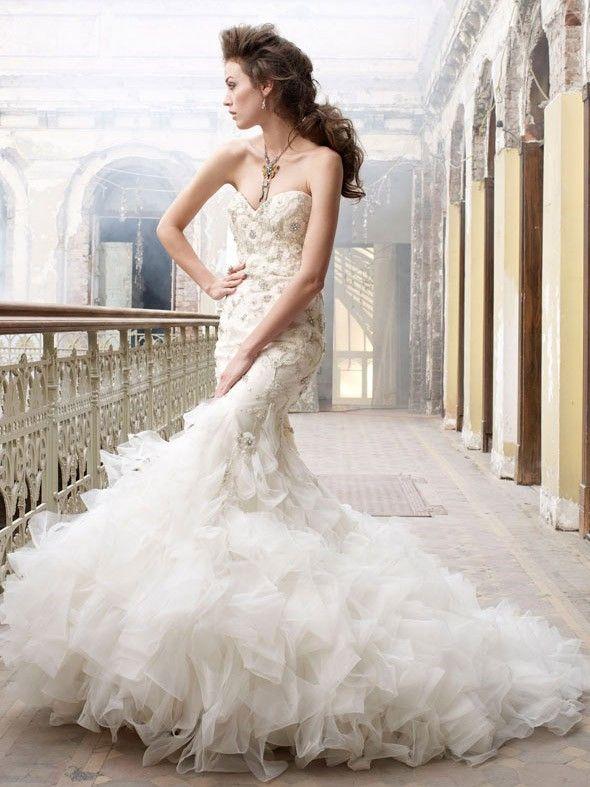 Perlen und bestickten Organza Trompete Brautkleid mit Getufteter ...