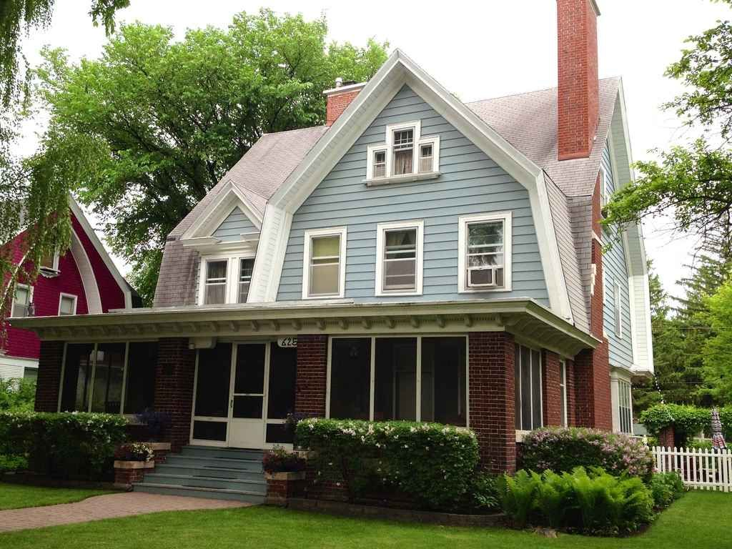 1906 Colonial Revival Grand Forks Nd 475 000 Dutch Colonial Homes Dutch Colonial Colonial House