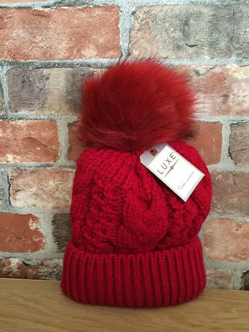 Ladies Red Faux Fur Chunky Cable Knit Winter Hat With PomPom Bobble winter  Beanie Keep warm and cozy this winter with these stylish pompom beanie hats  ... b45f2015a1ac