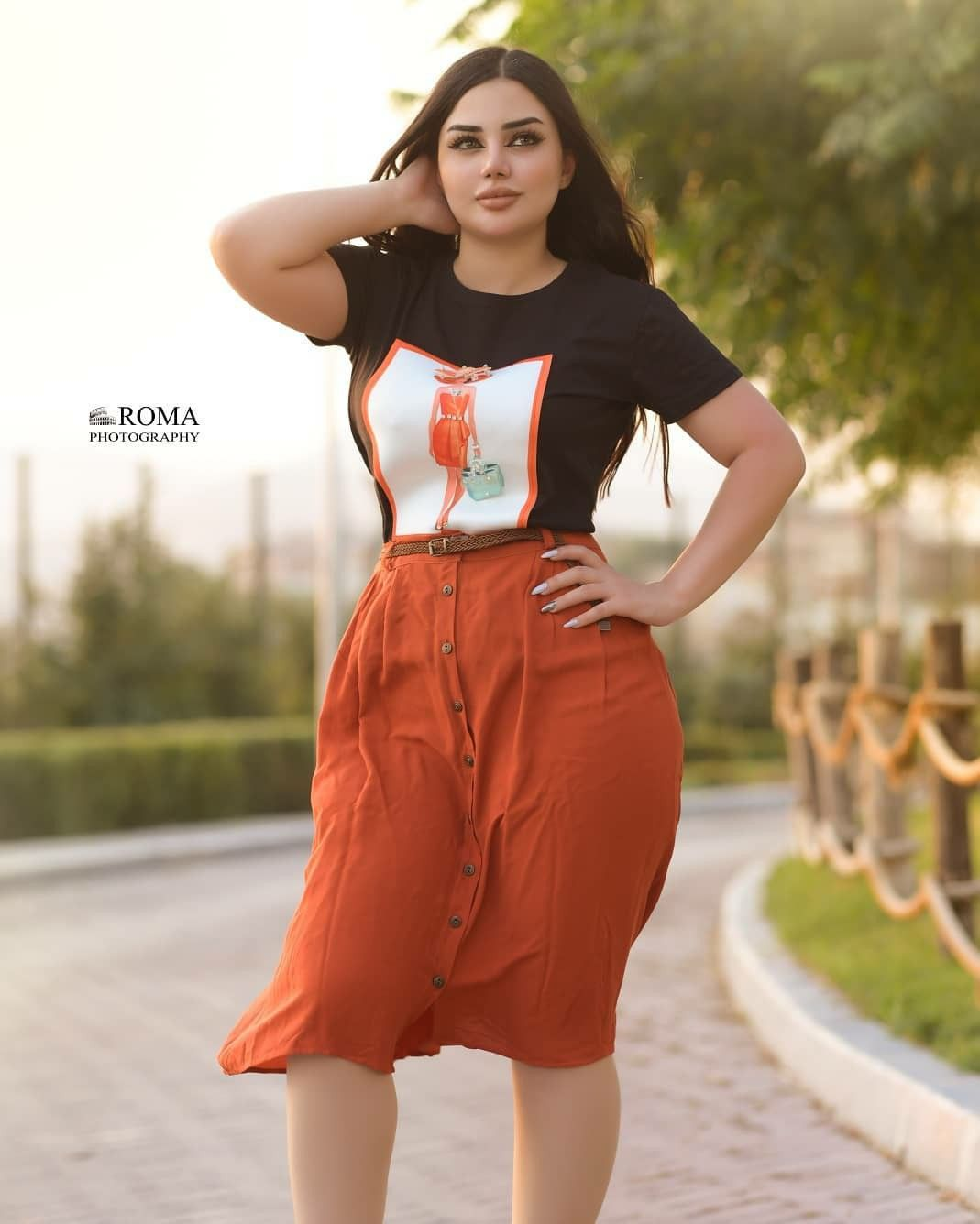 Pin By حلم العمر On Photography Poses Women In 2020 Photography Poses Women Cool Girl Pictures Cool Girl