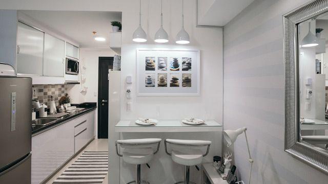 In This 23sqm Condo Unit You Can Sleep Work And Chill All Day Condo Interior Design Condo Interior Design Small Condominium Interior