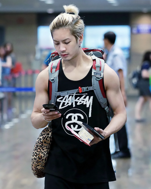 15 Male K-Pop Idols With Droolworthy Arms | Kpop | Got7 ...