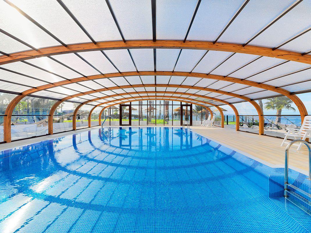 piscina climatizada h10 timanfaya palace lanzarote