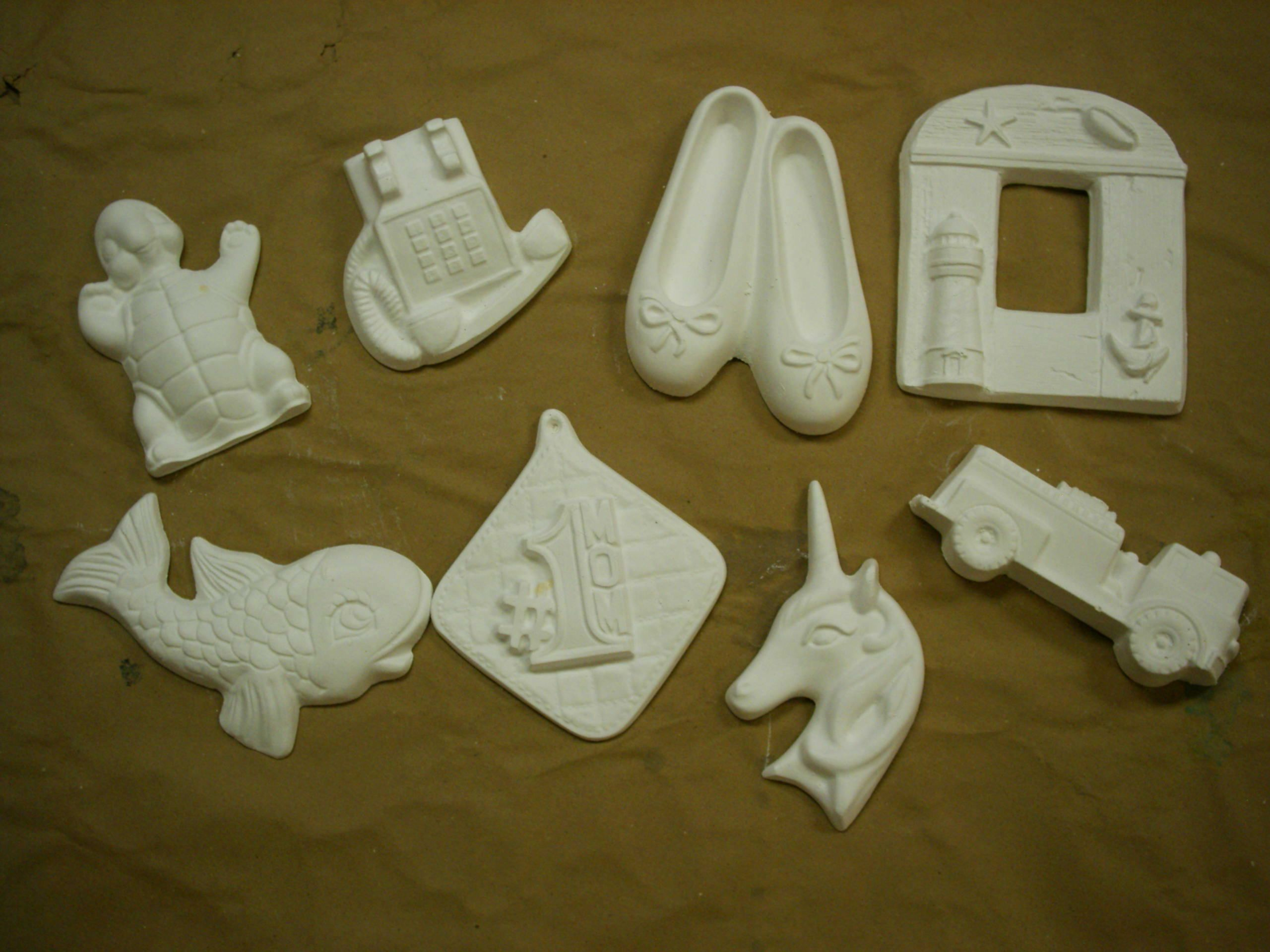 Plaster crafts ready to paint plaster painting plaster for Plaster crafts to paint