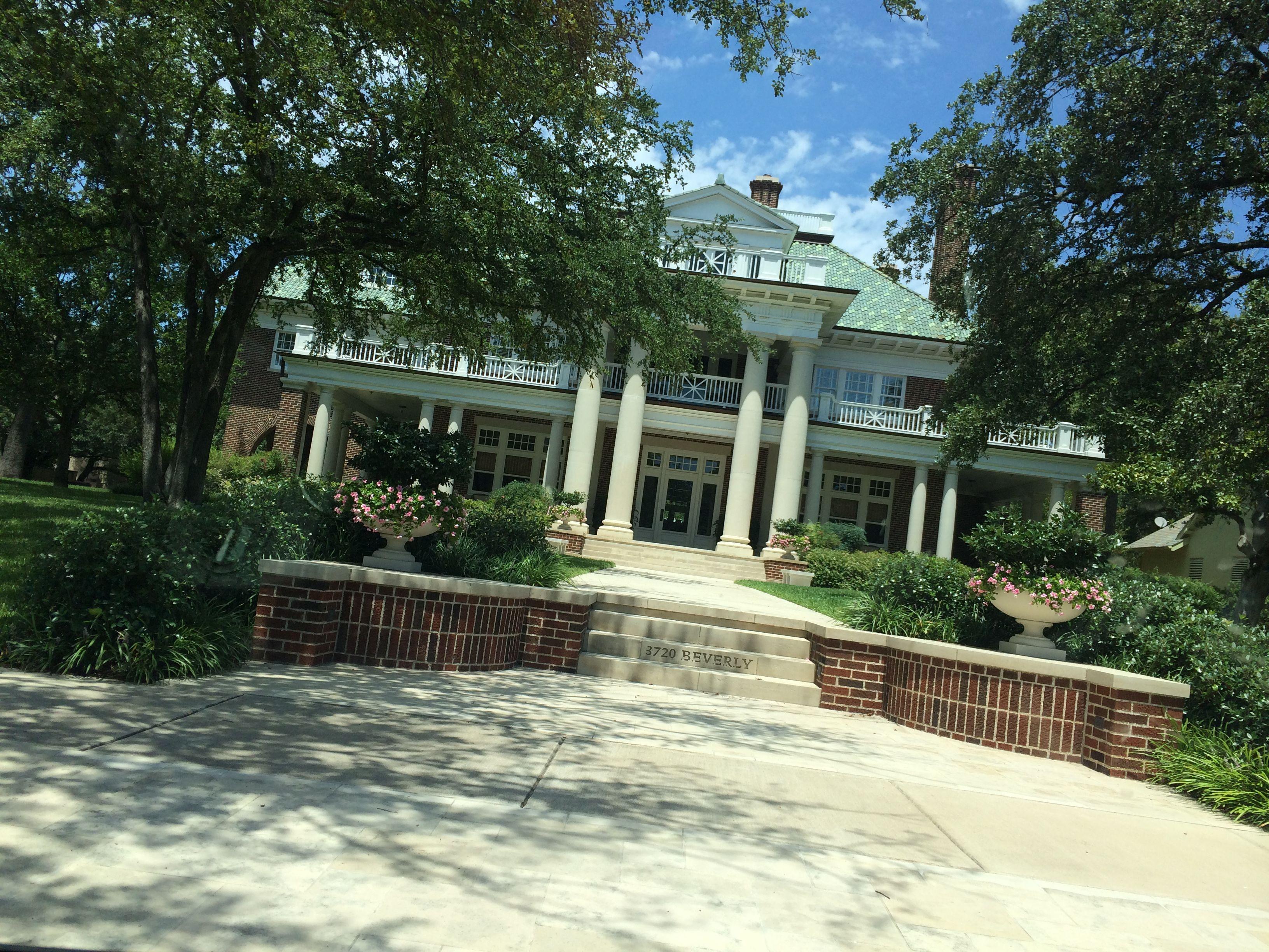 HighlandPark in Dallas has some great houses! Dallas