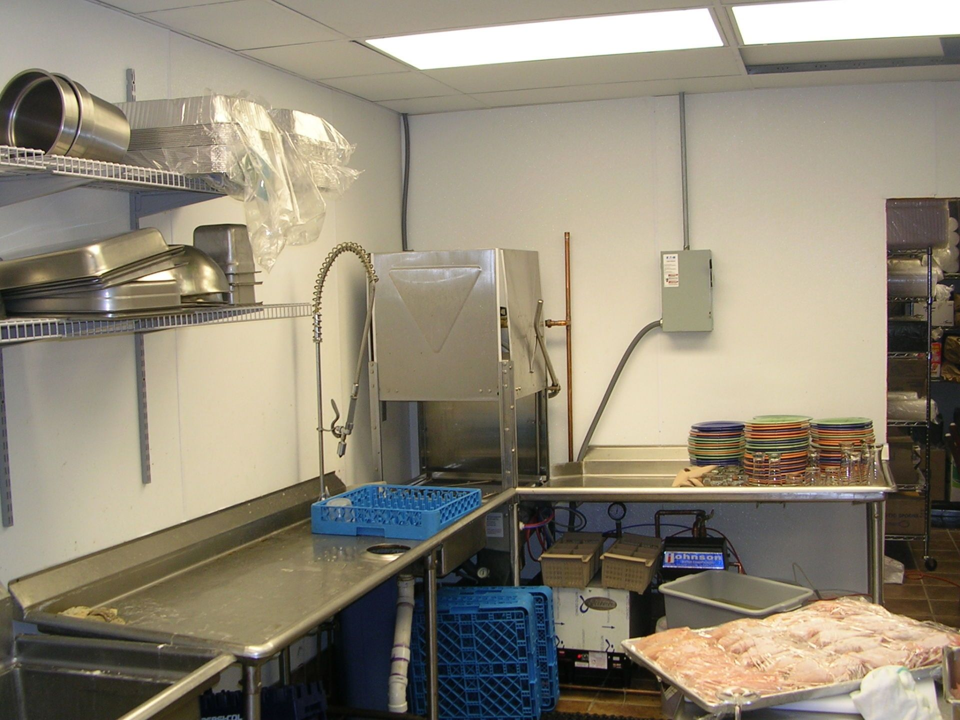 Wall Coverings For Restaurant Kitchens