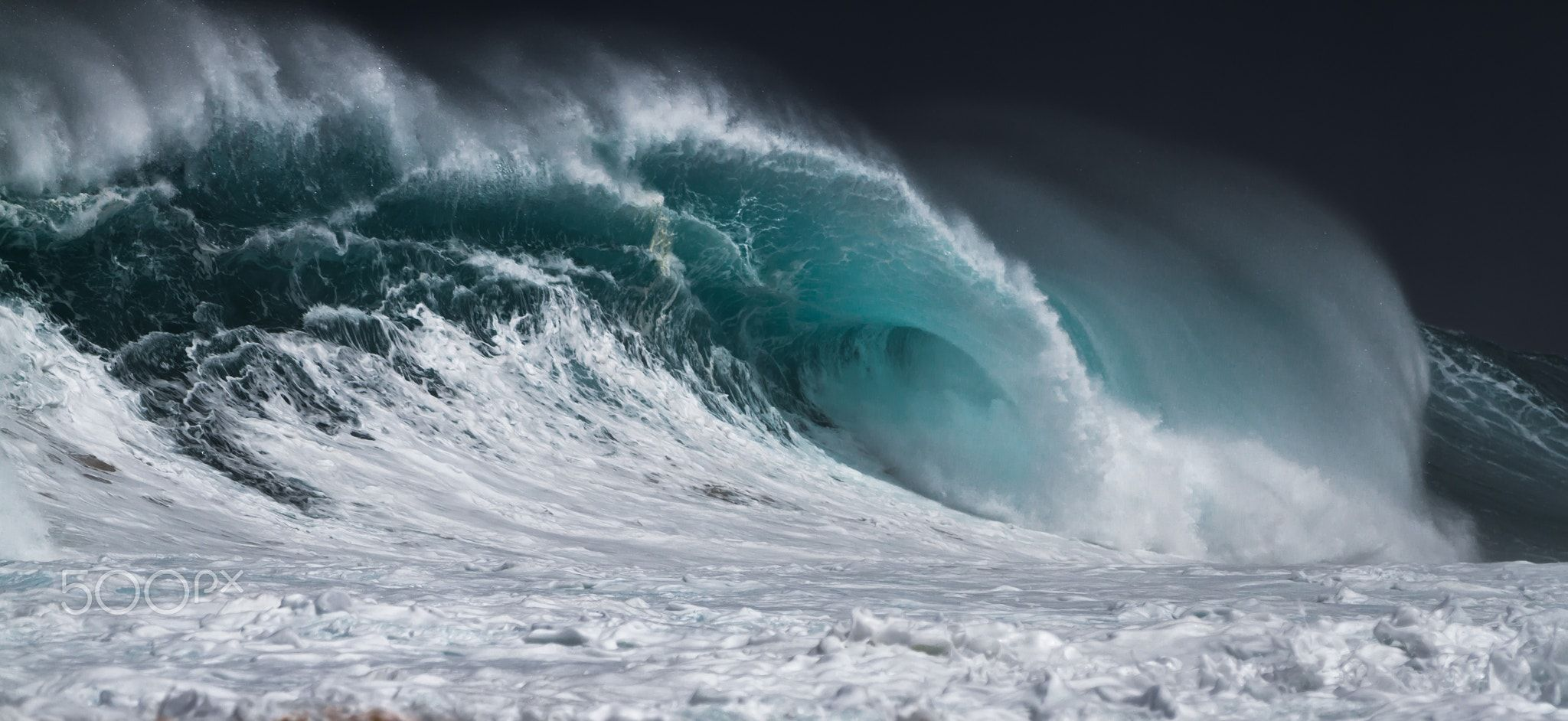 Pro Surfer Kelly Slater Unveils Best Man Made Wave Ever in