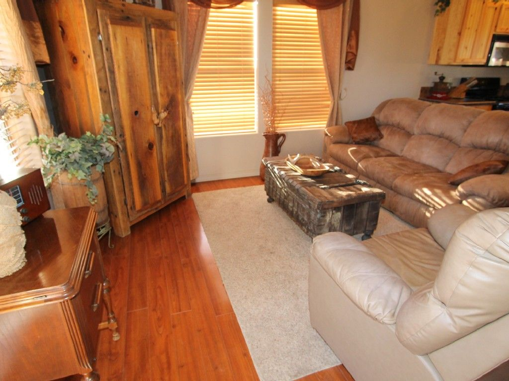 Beautiful cabin vacation rental in payson from
