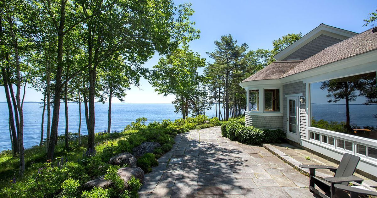 This classic Cape-style residence is privately sited on a 1.47-acre lot, arguably the top site in Eastward. Built in 1993, the 4300 square foot architect-designed home was built to the highest standards with professionally designed and executed landscaping. The sweeping ocean views range from...