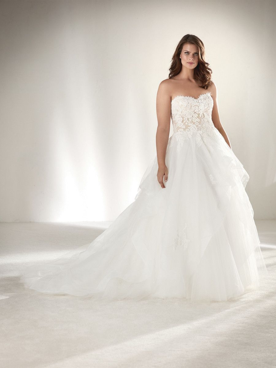 Draval I Pronovias Plus Collection - St. Patrick: Prinzessin & Ball ...