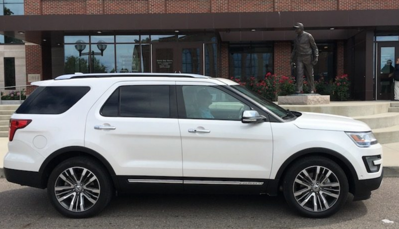Best 3rd Row Suv Used >> From Luxe To Affordable 8 Of The Best 3 Row Suvs Best