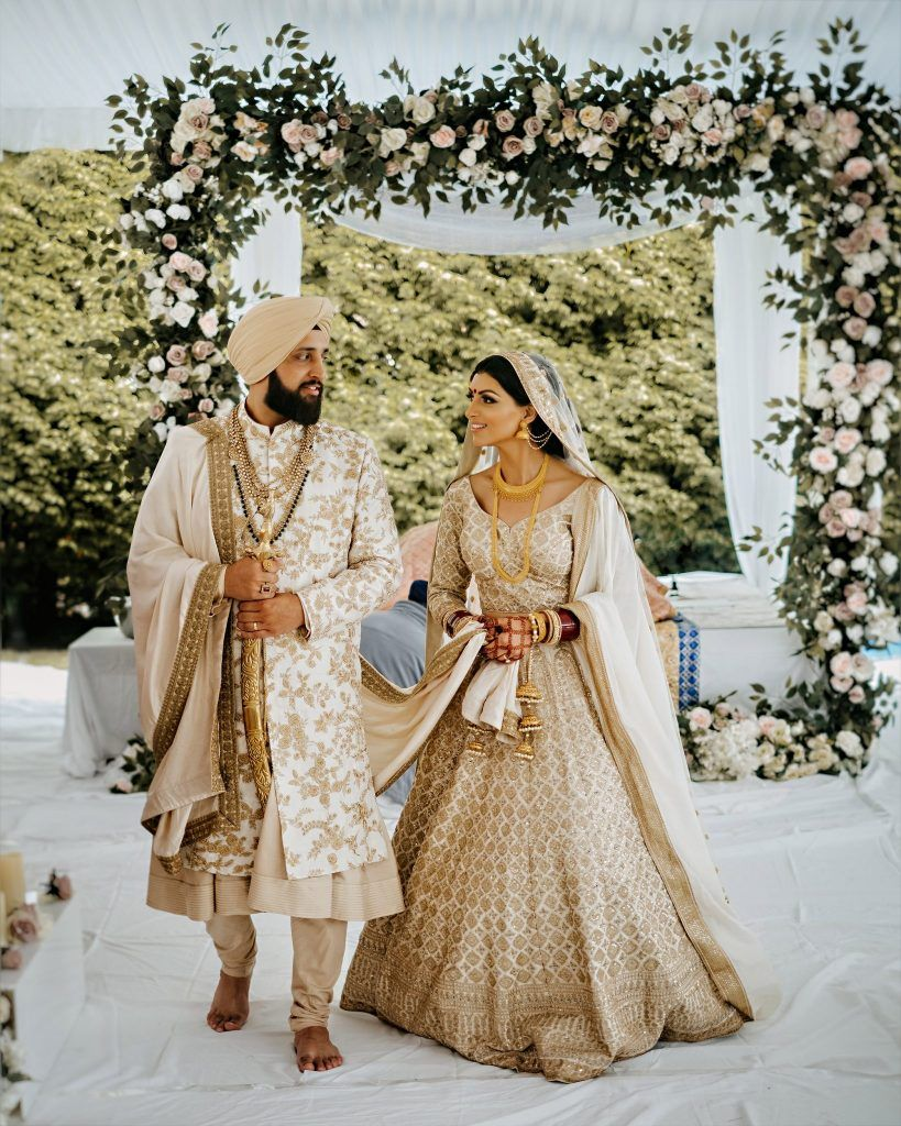 Weddings Amrit Photography In 2020 Outdoor Indian Wedding Indian Wedding Outfits Desi Wedding Dresses