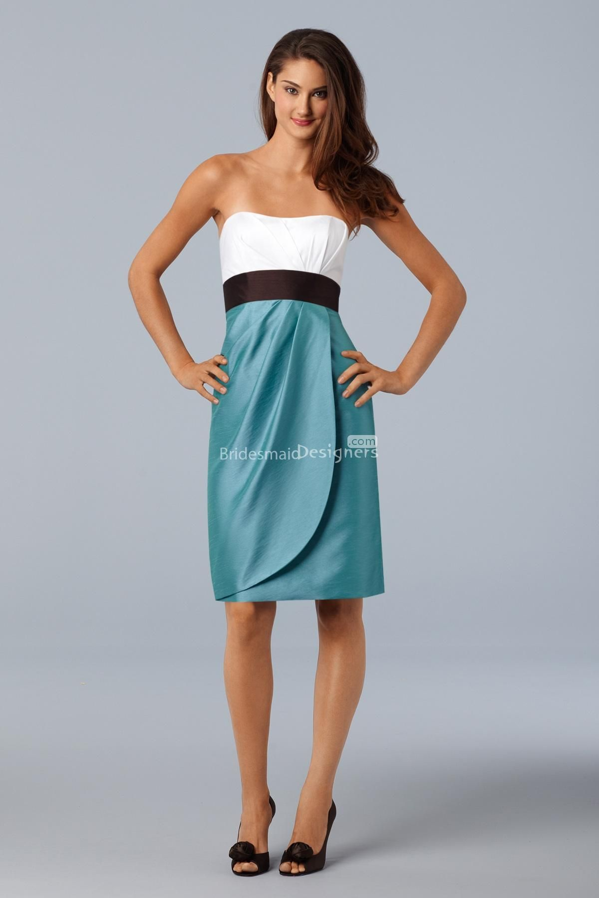 Stunning twotone sleeveless empire kneelength sheath sidedraped