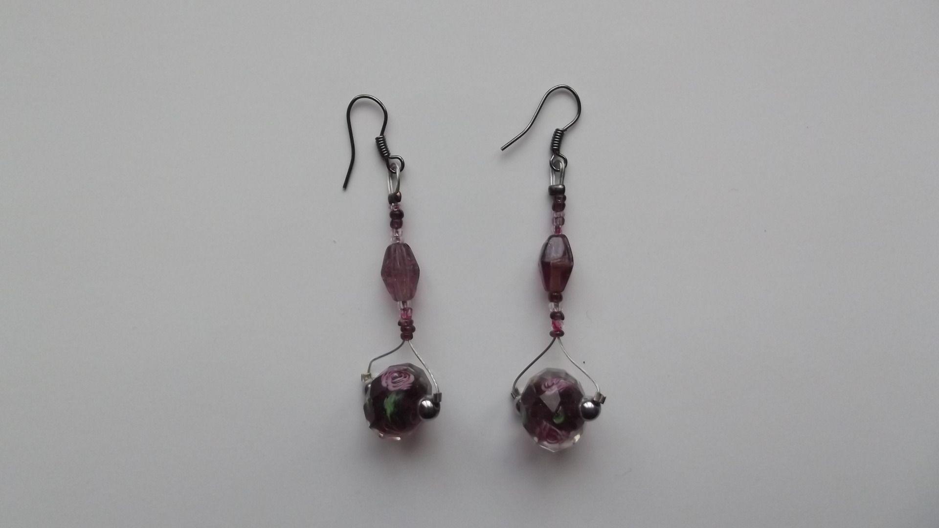 Boucles d'oreilles perles lampwork et perles semie précieuses en hématite argenté : Boucles d'oreille par merveilles-d-oliphie