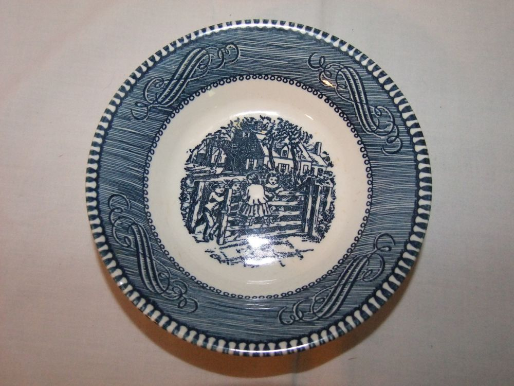 Royal China Currier and Ives Fruit Bowl Dessert Old Farm Gate Blue and White
