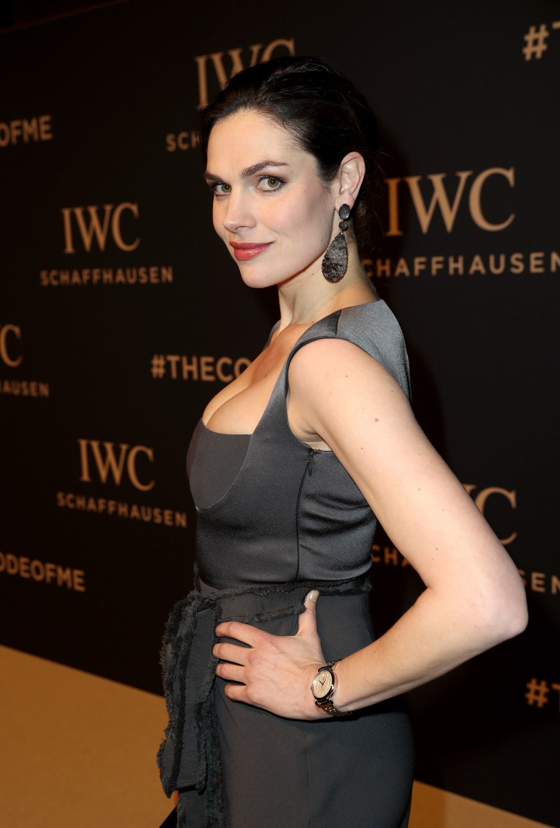 Anna Drijver On The Red Carpet At The Iwc Sihh Gala Event