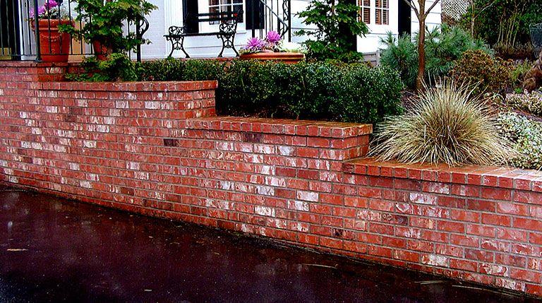 Rich Masonry Veneer Retaining Wall Patio Brick Retaining Wall Retaining Wall