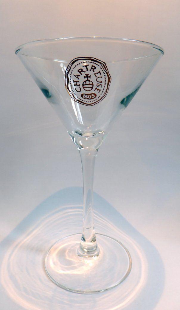 Modèle, 15 cl, de type 'Martini'. Le verre à cocktails par excellence !