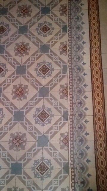 Carreaux De Ciment Anciens Home Decor Decor Rugs