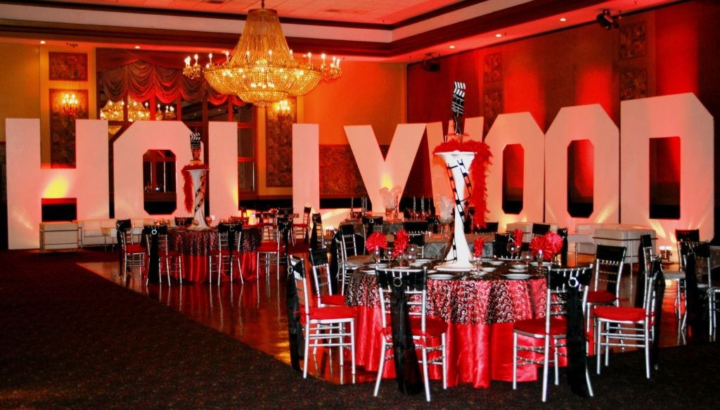 Oversized Hollywood Sign Perfect For Perimeter Or Stage Décor Fascinating Hollywood Sign Decoration