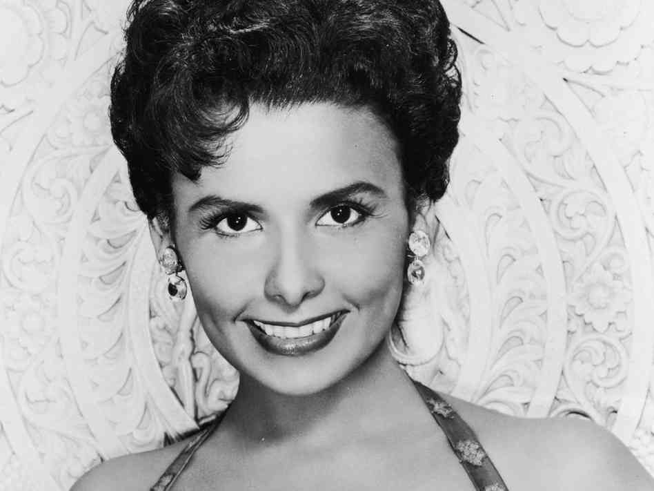 Hairstyles 1950sl Latin Women