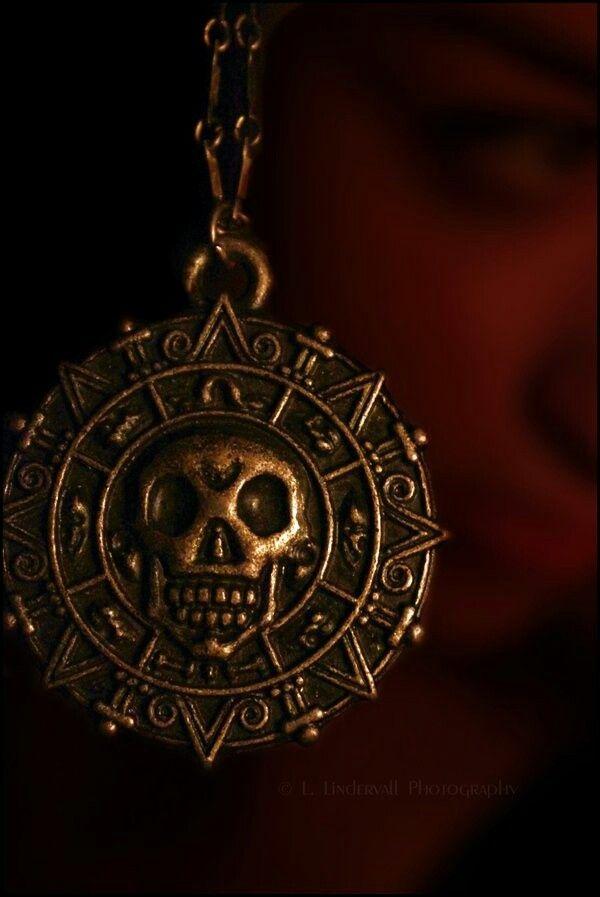 Cursed Aztec Gold Pirates Of The