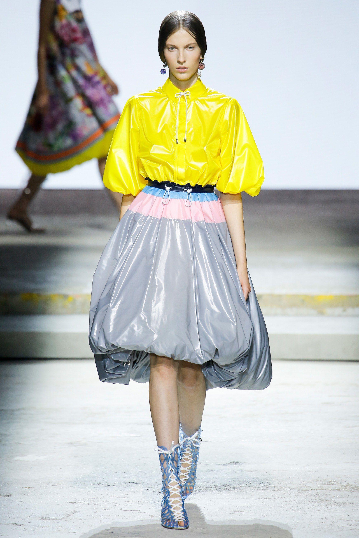 Mary katrantzou spring readytowear fashion show mary