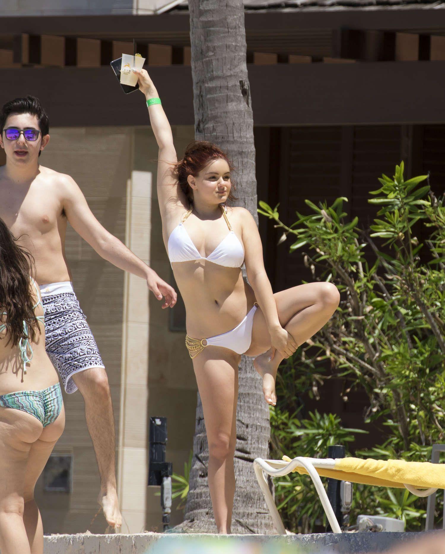 Ryan Newman Sexy -,Iwan rheon Porno pics & movies Taylor Momsen Strips In Her New Music Video,Brooke kinsella tits