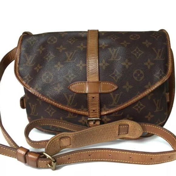 "Louis Vuitton Samur 30 Louis Vuitton Samur 30.  In pre owned good condition with wear such as rubbing, spots, discoloration, wrinkling, cracking, etc.  Measurement W11.8"", H9.1"", D3.1"". Takes @ 7-10 days to deliver. Louis Vuitton Bags Shoulder Bags"