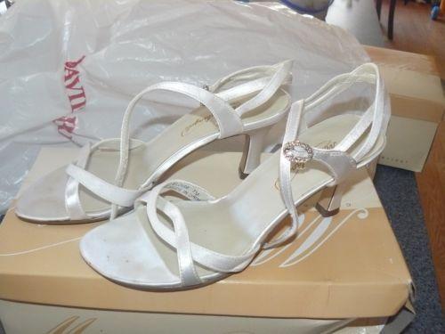 Davids Bridal Wedding Shoes Eloise By Michaelangelo White Size 7