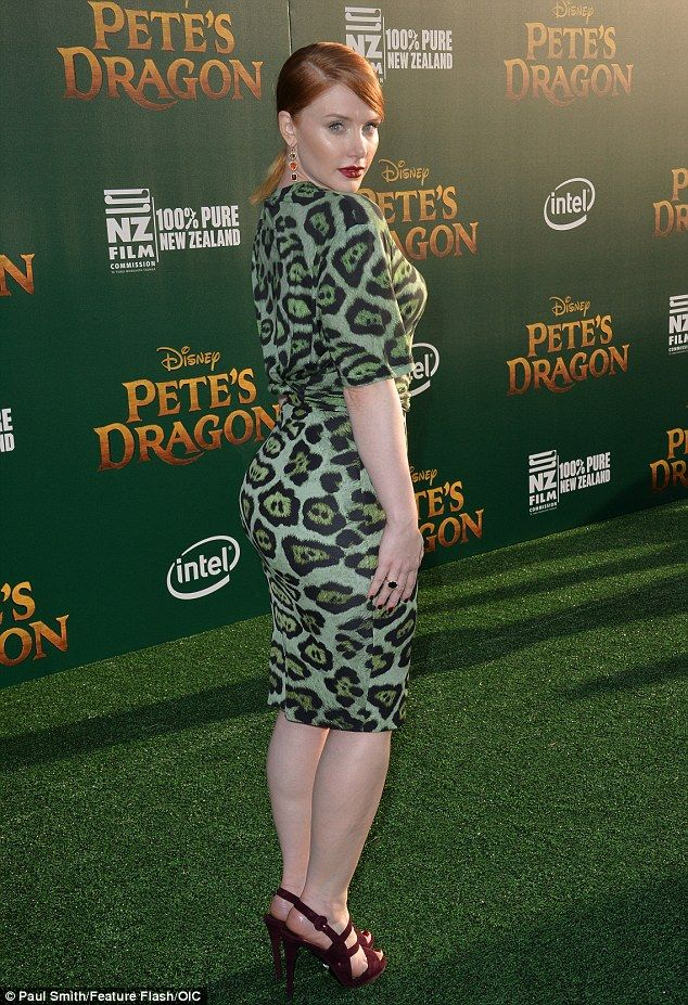 a411fa284d1a Making them green with envy: Bryce Dallas Howard vamped it up at the  Hollywood premiere of Pete's Dragon outside El Capitan Theatre on Monday