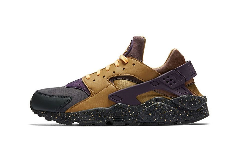 a0458b07088d Nike Goes Old-School for Latest Air Huarache Colorway