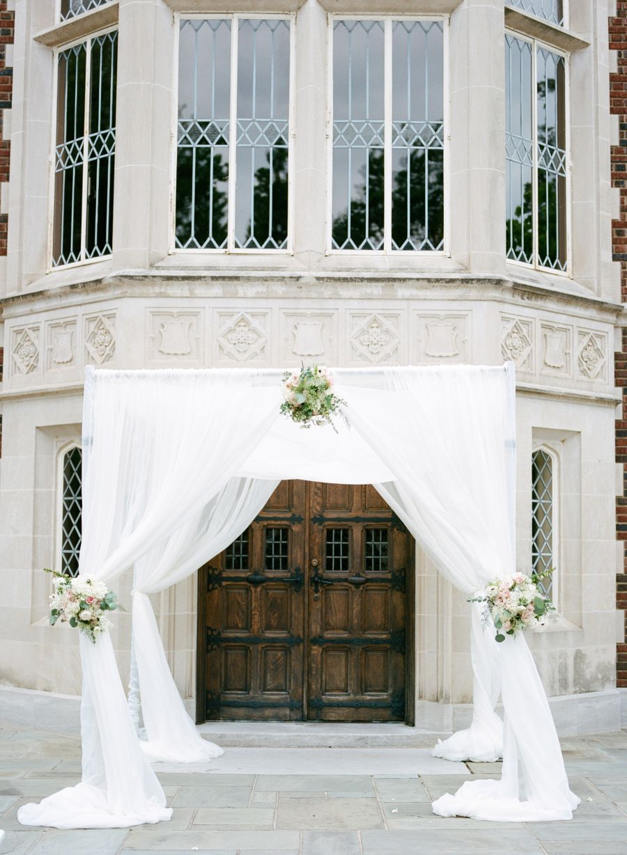 Classic Tulsa Wedding Infused with Art Deco Details (With