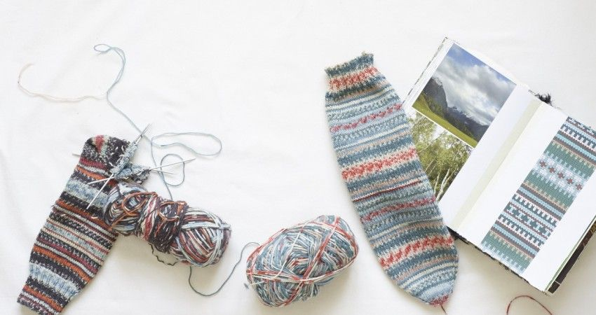 HOW TO KNIT THE EASIEST SOCK IN THE WORLD – ARNE & CARLOS | knit ...