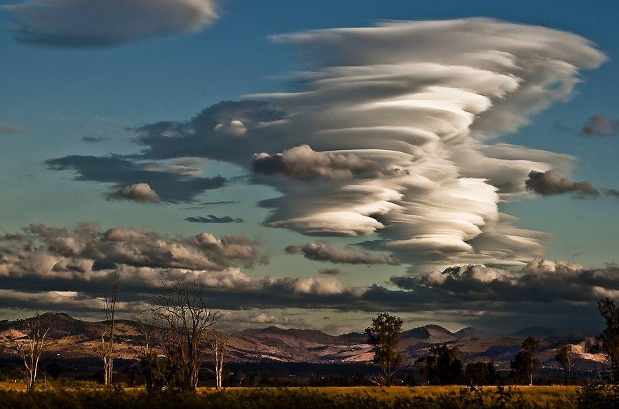 период воронкообразные облака фото первого курса пошел