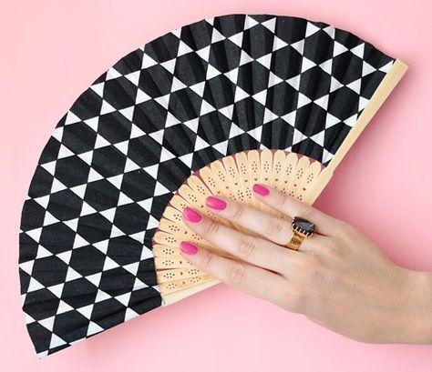Ombrelle chinoise d/écorative en papier huil/é bleu