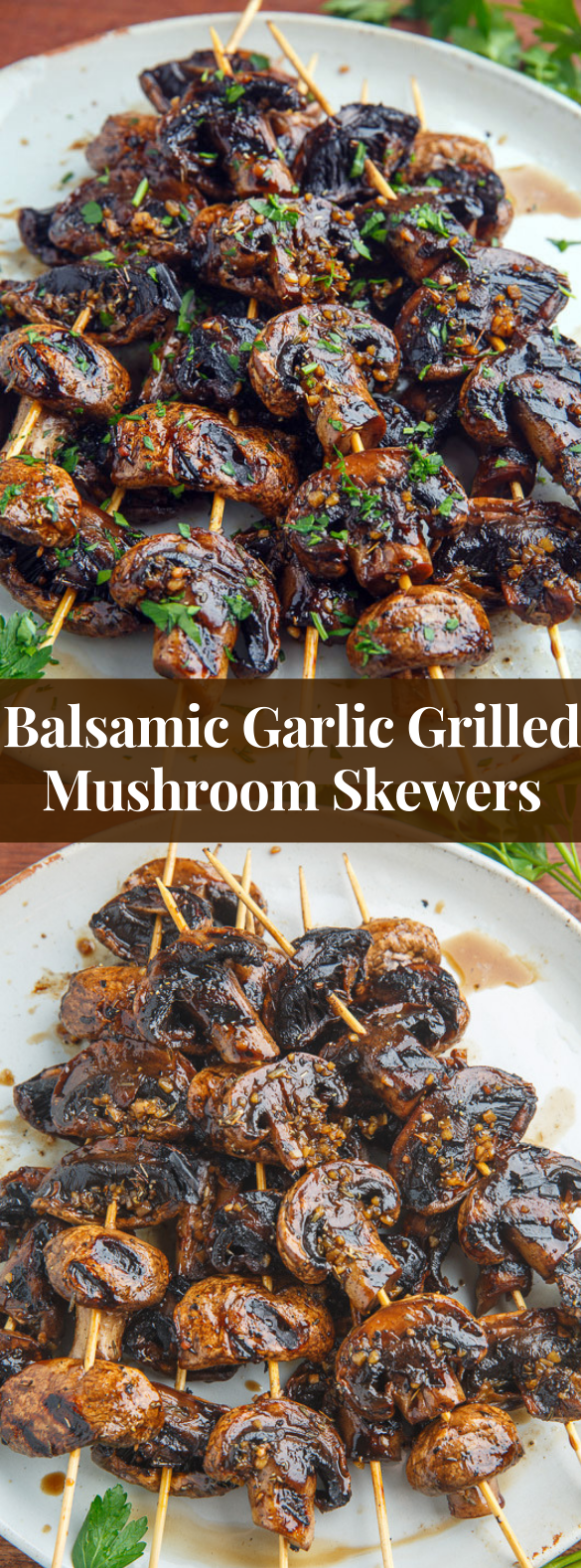 Balsamic Garlic Grilled Mushroom Skewers #vegetrarian #veggies #vegetariangrilling Balsamic Garlic Grilled Mushroom Skewers #vegetrarian