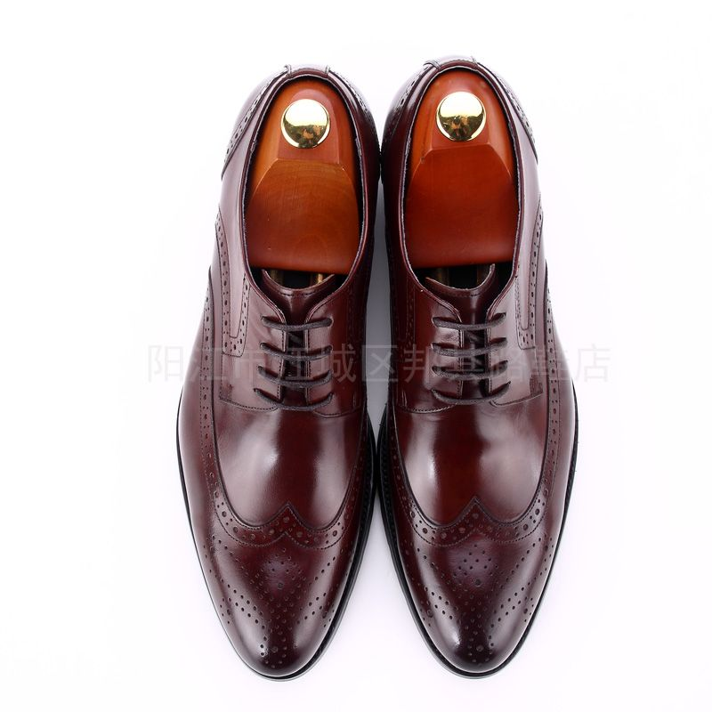 Style:business/casual craft:Hand stitching Upper Material:Genuine Leather Lining Material:genuine Leather I is a set of design and production as one of the shoe manufacturing enterprises, specializing in high-end European and American business leather men's shoes design and production of the manufacturers, retail, wholesale, leather shoes are Handmade are exported to Europe and the United States, we look forward to cooperating with you  WeChat:13709677016 http://chaoweichina.1688.com