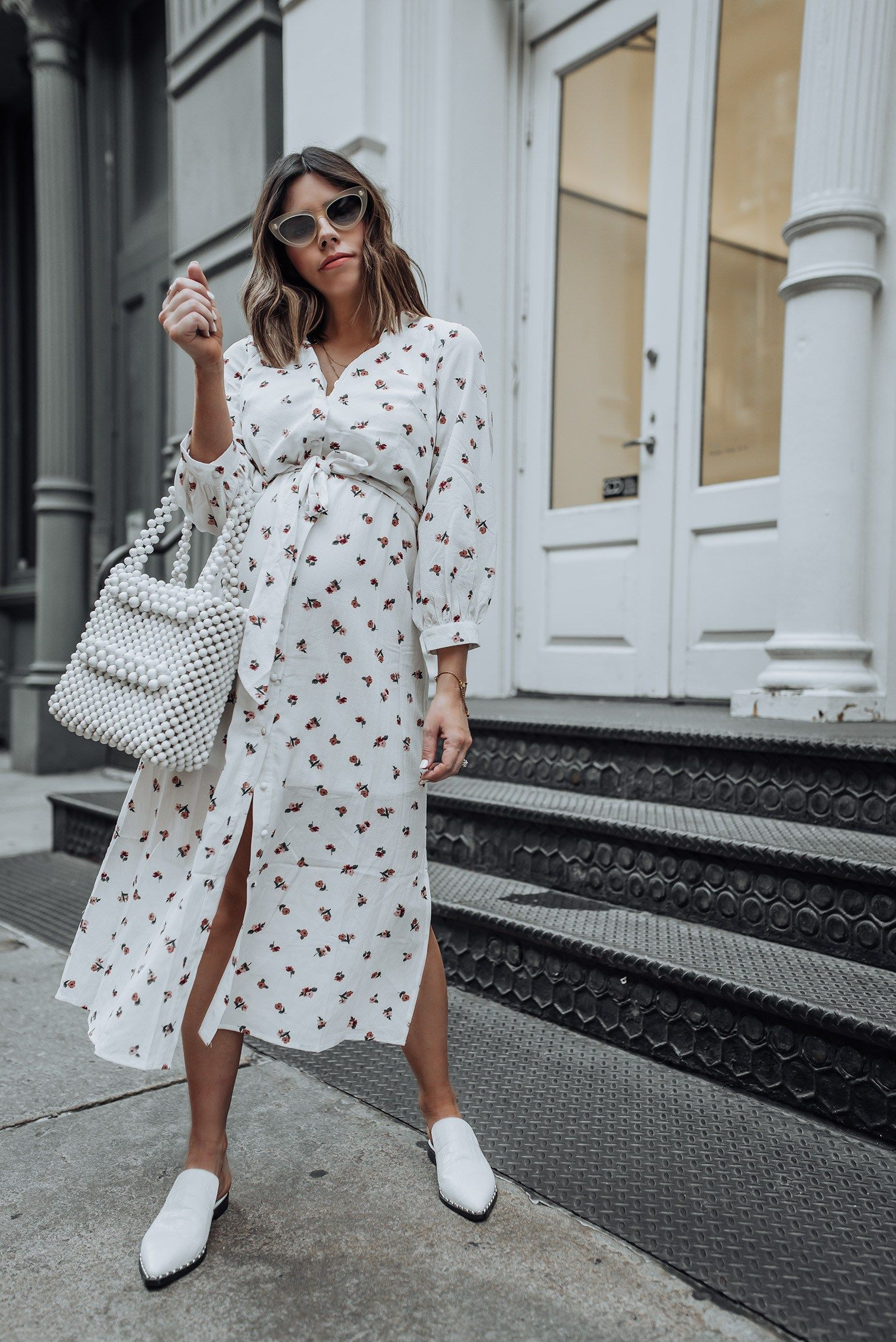 All White Flaunt And Center Stylish Maternity Outfits Stylish Clothes For Women Dresses For Pregnant Women