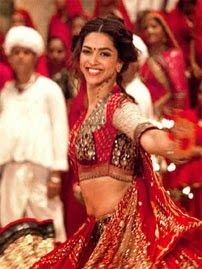 Hindi HD Video Songs Free Download for Mobile: Nagada Sang Dhol - Goliyon Ki Raasleela: Ram-Leela...