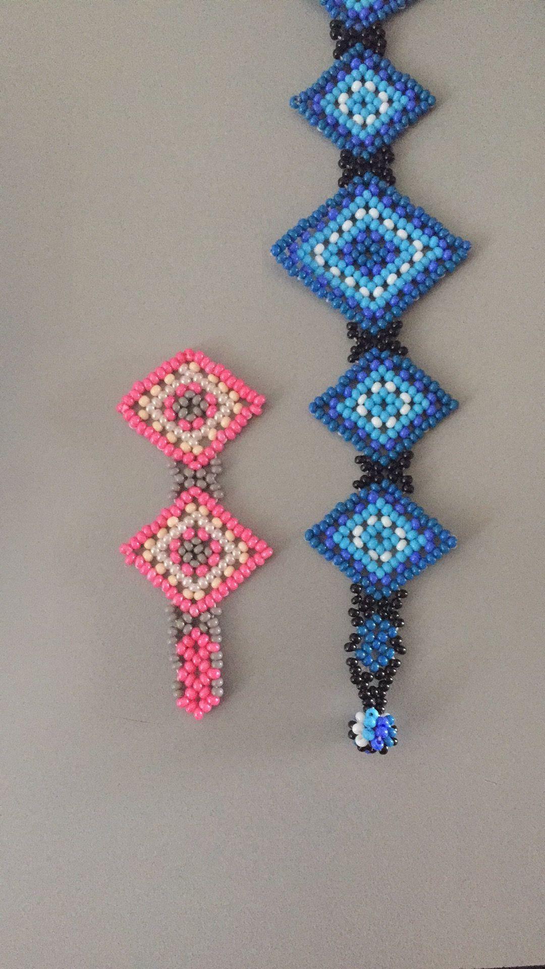 Huichol. Rombo. Ojo de Dios | Diamond. El azul es de un maestro huichol, el rosa es mi intento de reproducción.