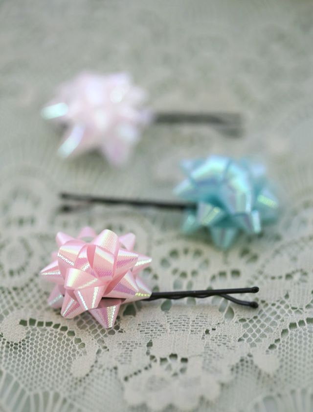 These are so cute i may have died a little tiny bit of a little tiny diy gift bow bobbi pins gifts handmade gifts it yourself gifts made gifts solutioingenieria Images