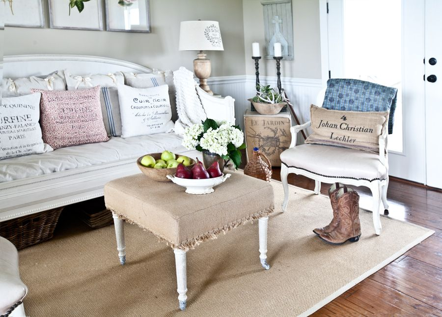 Farmhouse French Beds Friday Tip 21 Daybed, Living rooms and Room