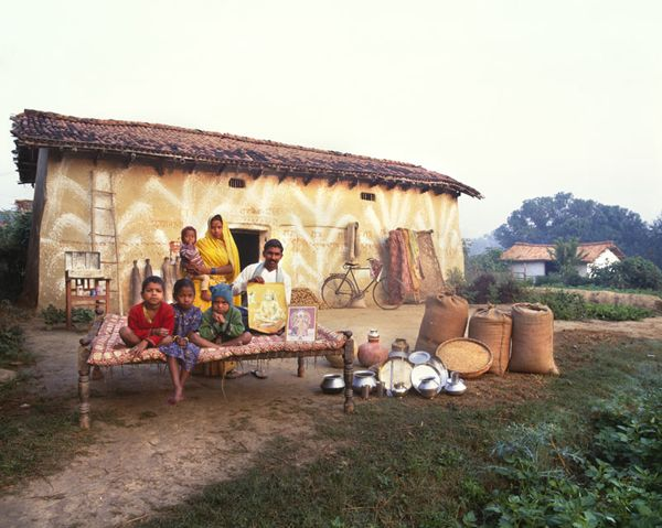 Photos From Around The World Of Families And Their Possessions Around The Worlds Material World Photo