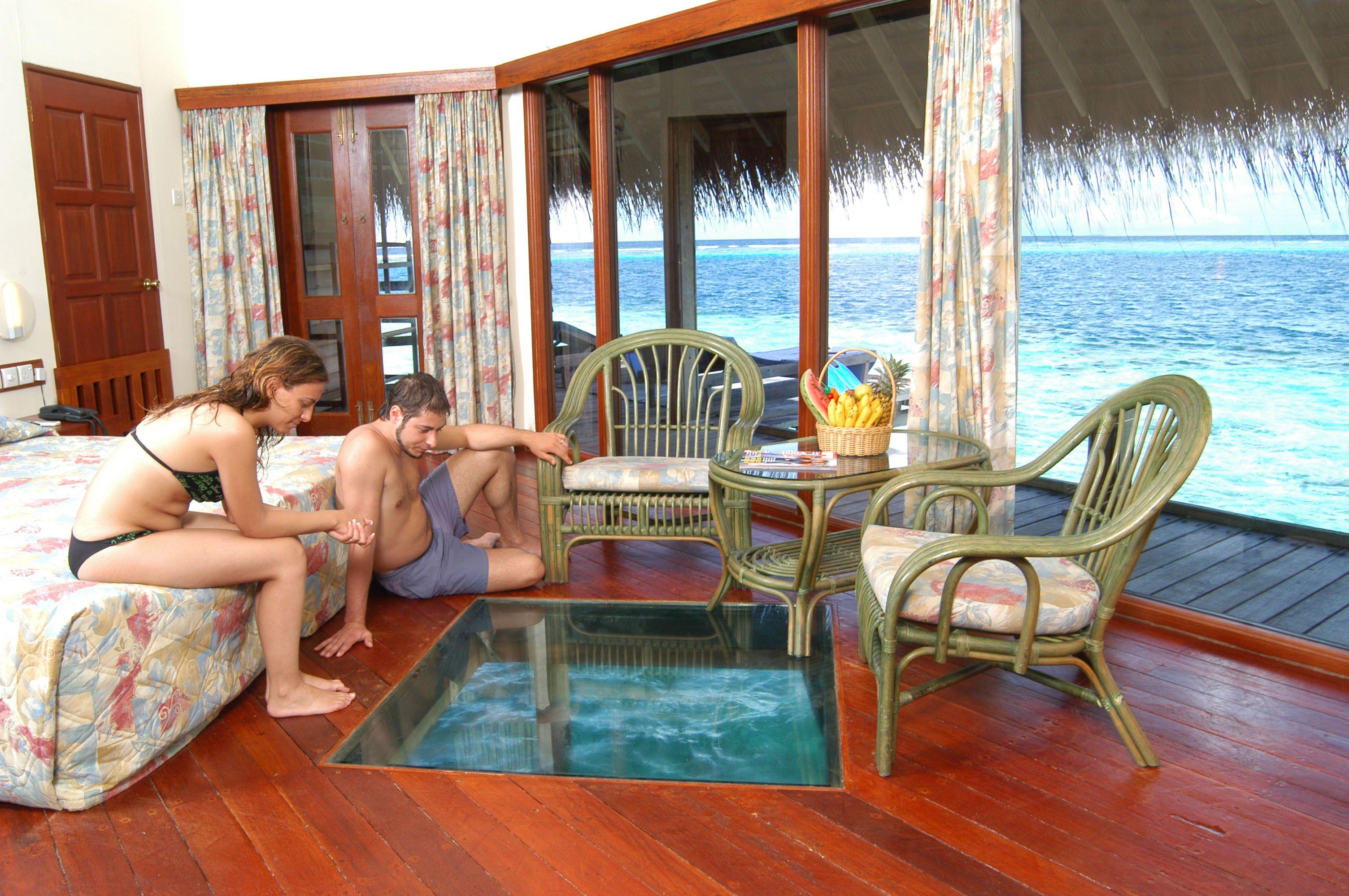 Adaaran Club Rannalhi Water Bunglow Interior