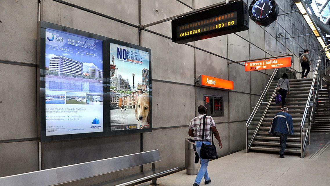Diseno De Creatividad Y Exhibicion De Mupis En Metro Bilbao Para
