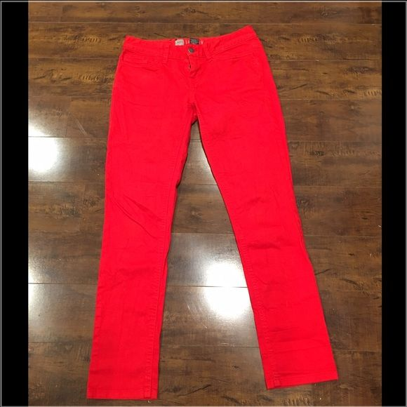 LAST CHANCE✨Red Skinny Jeans Bright red skinny jeans! Jeans Skinny