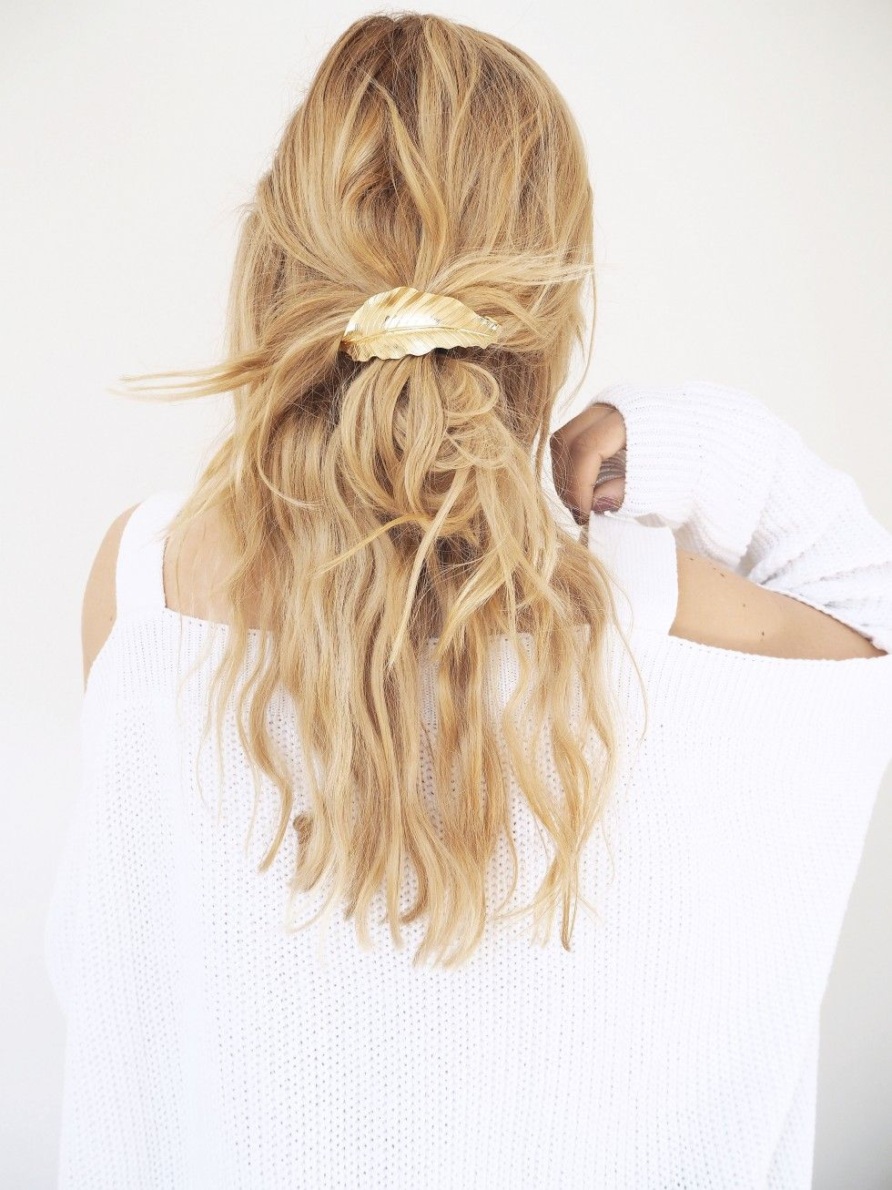 Messy simple everyday hairstyles – Isabella Thordsen
