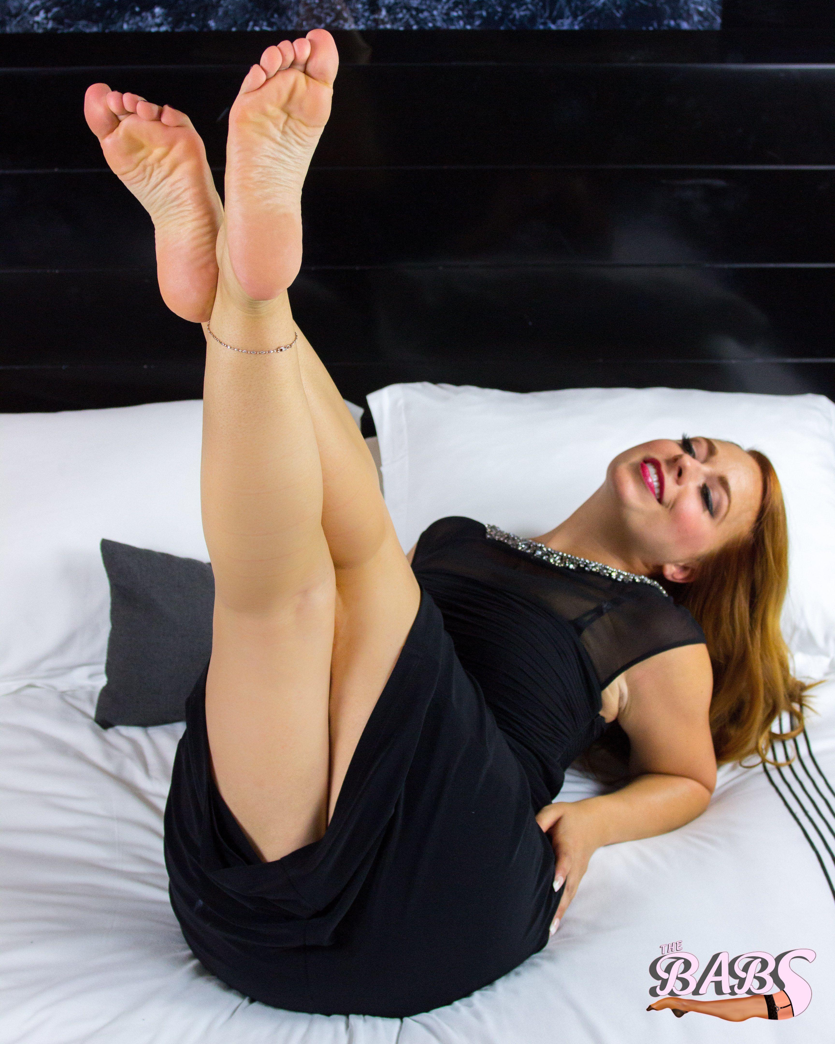 Показа ножки видео, бондаж новое порно